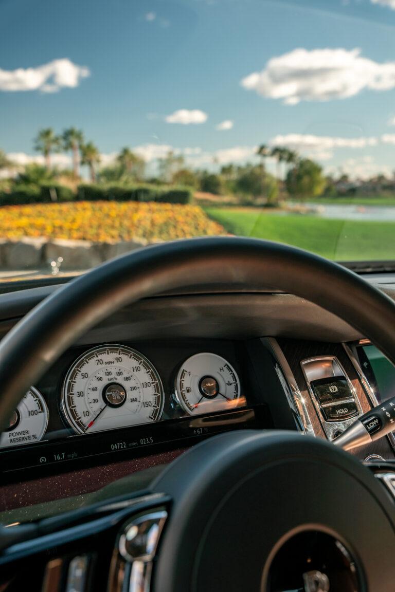 Rolls-Royce Drive steering wheel